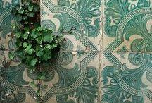 Walls & Tiles / Surfaces
