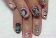 >Nails<