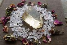 >Crystalline Knowledge<