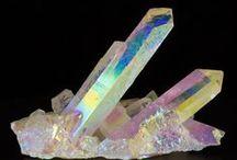 Rocks + Crystals + Semi Precious Stones : Nature's Beauty  / Semi Precious Stones, Rocks + Crystals