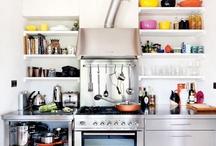 Kitchens / by Caroline Lawton