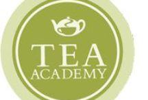 Tea Academy / Creada para dar a conocer el mundo del té y compartir el conocimiento de nuestros expertos, la Tea Academy propone cursos y talleres en los que degustaremos té, aprenderemos sobre las diferentes variedades, descubriremos sus funcionalidades y beneficios y viajaremos a través de las culturas amantes del té y sus curiosidades. http://www.teashop.eu/es/prepara-tu-te/tea-academy/