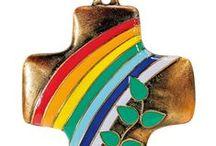 Vivat! - Kreuze ... / Große Auswahl an Kreuzen in unterschiedlicher Ausführung wie Stehkreuze, Wandkreuze, Kinderkreuze, Kreuzanhänger, Ikonenkreuze ...