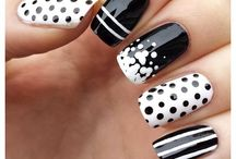 Sparkly Nail Ideas 2014 / Flash those nails girls / by Shannon McDougall