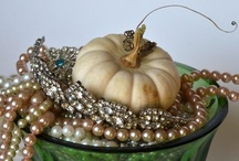 Halloween Party Glam! / Is it the Witching Hour? Who says Halloween has to be spooky? It's the perfect time to go GLAM!