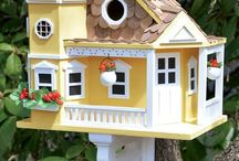 birdhouses / These are incredibly adorable.