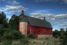 "Barns & Beautiful Old ""Country"" Buildings / by Joan [Rehfus-Hodson] Bash"