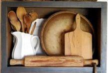 Kitchens / by Sarah Ann Ellis