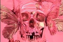 We're all gonna die / Skulls