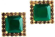 Everything Emerald / Eye-catching emerald gems