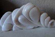 bewerken van steen. / speksteen en albast.(een andere hobby van mij).