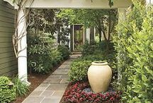 Garden Plans / Landscaping and Garden architecture ideas. Ideas for planting schemes and colour schemes.