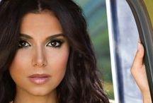 ❤ ROSELYN SANCHEZ ❤ / Non : Roselyn Sanchez -  Date de naissance : 2 avril 1973 -  Lieu de naissance : San Juan (Porto Rico) -  Nationalité : Américaine -  Profession : Actrice, Chanteuse et Top-modèle  -  Taille : 1,65 -  Poids : 52 kg -   Cheveux : Châtain Foncé  Yeux : Maron - Sacrée « Actrice la plus sexy du monde » pour la seconde année consécutive par Glam'mag, en mai 2016. Elle à gangé le plus d'argent en 2015 dans le classement publié hier par le magazine économique américain People With Money.