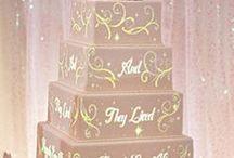 So many cakes / by Alaina Williamson