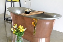 Roll Top Baths / Every detail of our cast iron and copper roll top baths is meticulously designed and manufactured by a dedicated team of handpicked craftsmen.