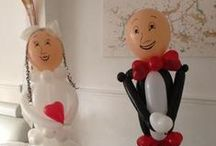 Wedding Balloon Decorations / Balloons are festive, colorful, and fun. They perfectly set the tone for love. Balloon decorations turn your wedding reception into a wonderland of soft, silky textures, dazzling colors and a multitude of shapes. Here you will find designs and ideas for bride and groom sculptures, balloon arches, columns and centerpieces, floating clouds, backdrops, decorations for indoors and outdoors venues.