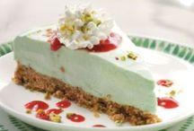 Cupcakes, Food, Beverage, Diabetic Options / by Brittany Darner