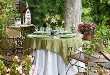 Dining al fresco / by Shirley Sanders