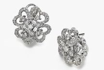 Red Carpet Style / There is nothing I love more than the quintessential glamour of Hollywood, old and new! Whether you make bold choices or subtly show off your personal style, Fortunoff's Red Carpet Style will take your breath away with simply stunning jewelry choices.