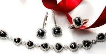 Black & White/Classic Style / Special events need the right blend of cool and hot. Sizzling values from Fortunoff's Black and White jewelry collection. Always timeless and classic. Sometimes Goth. Sometimes glam. Ultramodern designs or vintage styling. Always a great way to accessorize your favorite LBD or new LWD!