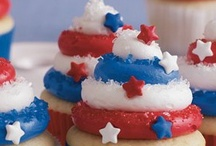 4th of July & Hot Dog Recipes / by Mary Todd