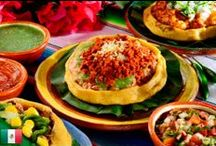 Food: Mexican / by Adriana Pelayo