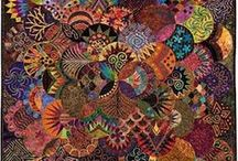 Fiber Crafts: patchwork and quilts / cover photo: https://www.pinterest.com/pin/93801604708919288/ / by Ketutar J.