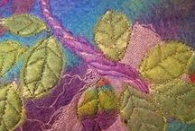 felting / by hand, by machine, to look at, to wear / by Deborah O'Hare