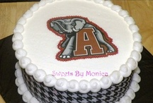 Cakes / by Donna Russell