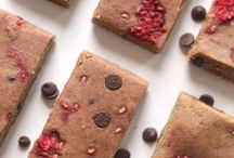 Snack Recipes / Here you'll find healthy, clean-eating recipes for all kinds of snacks like bites, bars, and muffins. Many are vegan, flourless, low-sugar, and gluten-free!