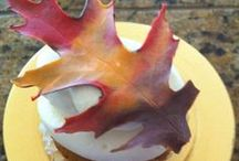 Amazing Cakes ~ Cupcakes / by Eve Slacum-Myers
