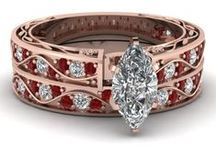 Amazing Jewelry. / Jewelry, what could take a woman to the word of Fascination, Dreams, and Thirst.