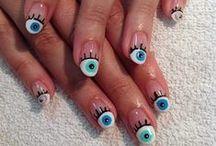 Optical Nail Art