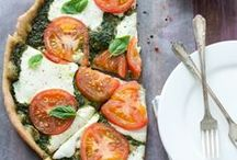 food//pizza / different and delicious ways to enjoy pizza / by Lindsey Grice
