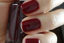 Pretty Nails / by Jessica Zandi