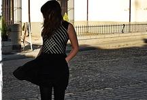 Pájaros en la Cabeza / Pájaros en la Cabeza organiza ventas privadas de prendas escogidas en París y Londres. http://pajarosenlacabeza-shop.es/ https://twitter.com/pajarosenlacab http://www.facebook.com/pages/P%C3%A1jaros-en-la-Cabeza/214425545325284