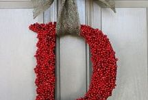 Holiday: Christmas Wreaths / Check out these beautiful Wreaths! Wouldn't you like one just like that?