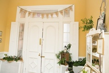 Tuscan Blue Design - Holiday Inspiration from The Tyler Spite House (1814. Frederick, MD) / Holiday Decorating Inspiration: we created a welcoming holiday inspired design for the entrance hall of the Tyler Spite House...a grand 1814 House in Frederick, MD.