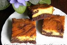 Favorite Cake Recipes / by Vera van Oeveren