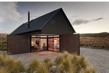 outdoors // cabins + tiny homes / cabins + tiny houses
