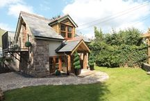 Cute cottages / Just some of the cuter holiday cottages around the UK... enjoy