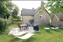 Log Fire Cottages / All of these holiday rentals have the added bonus of a cosy log fire.
