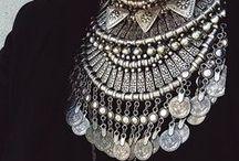 adorn- jewellery / by Sln Perrin