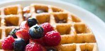Waffles | Waffeln / Delicous recipes for waffles - sweet and savory. Leckere Rezepte für Waffeln - süß und herzhaft.