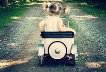 COCHES BABY-PEDAL CAR / SUEÑOS CON PEDAL PARA NIÑOS QUE QUIEREN APRENDER A CONDUCIR COMO LOS MAYORES. / by MOBLES CAMBRILS