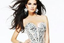 Prom Dresses / Wondering what's new? Designer Dress Rentals just waiting for you!