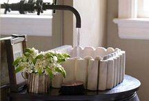 IDEAS pequeños BAÑOS / Ideas para pequeños baños difíciles de resolver!!! Deseamos ayudarte a darle un toque que permita agrandar su perspectiva visual, para la otra necesitaríamos un mago jeje / by MOBLES CAMBRILS