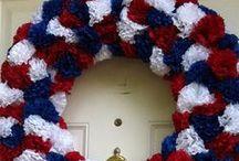 Door Wreaths / by Cynthia McClellan