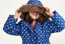 Girls Coats and Jackets / At Joules we give classic quilted and tweed coats and jackets colourful twists to make sure your little one can stay ahead of the pack when it comes to British country style.