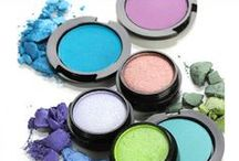 Produits de Beauté  / Hair and makeup, nails and health. From tips and tricks to products